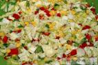 Recept Kukuricový šalát s olivami a paradajkami - príprava šalátu