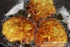Recept Chlebové zemiakové placky s kuracím mäsom - chlebové zemiakové placky - príprava