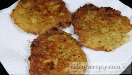 Chlebové zemiakové placky s kuracím mäsom