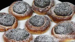 Kysnuté makové koláčiky