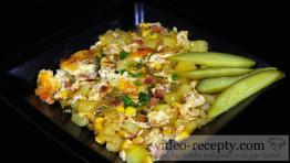 Zapečené zemiaky so zeleninou