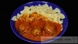 Mäsové ryžovo-kelové knedličky s paradajkovou omáčkou