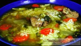 Rýchla a lacná hydinová polievka s ryžou