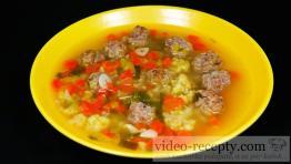 Výborná polievka s hovädzími knedličkami