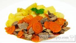 Hovädzie na mrkve so zemiakmi