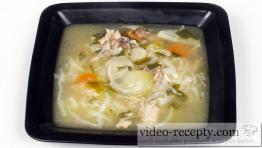 Hydinová polievka s ryžovými rezancami