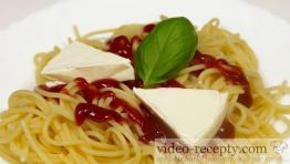 Rýchle špagety so syrom