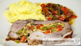 Bravčové mäso plnené klobásou so zeleninou