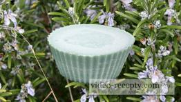 Domáce olivové mydlo z rastlinných olejov