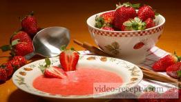 Jahodová polievka